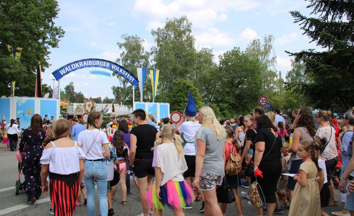 Volksfest 2019 Kinderfestzug001